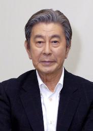 宇津井健さんの息子と里谷多英さんの関係は?